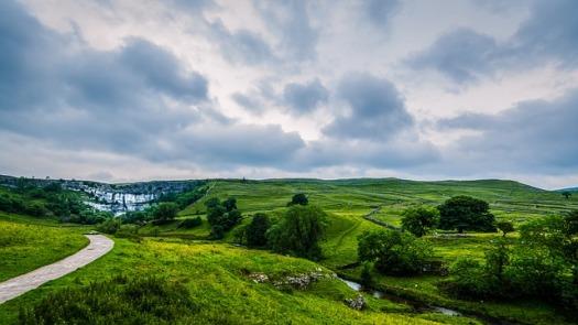 landscape-2710592_640